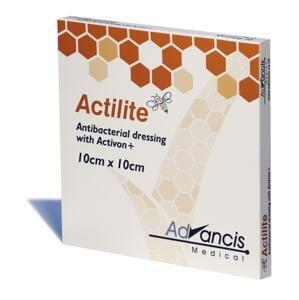ACTILITE krytie na rany antimikrobiálne 10x10 cm, neadherentná viskóza, napustené manukou 10 ks